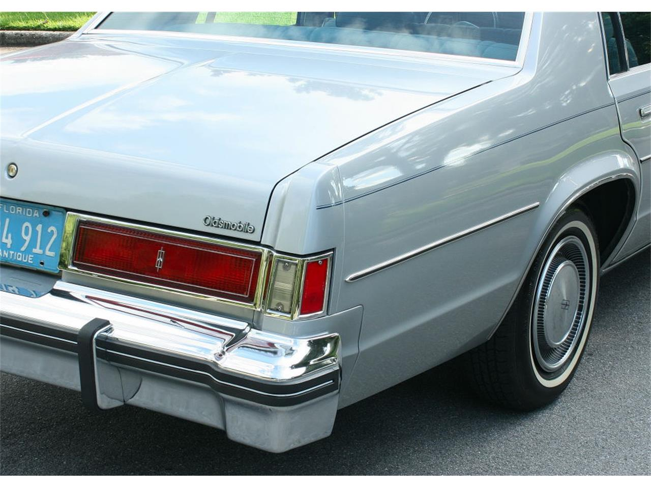 Large Picture of 1977 Oldsmobile Delta 88 Offered by MJC Classic Cars - LFEK