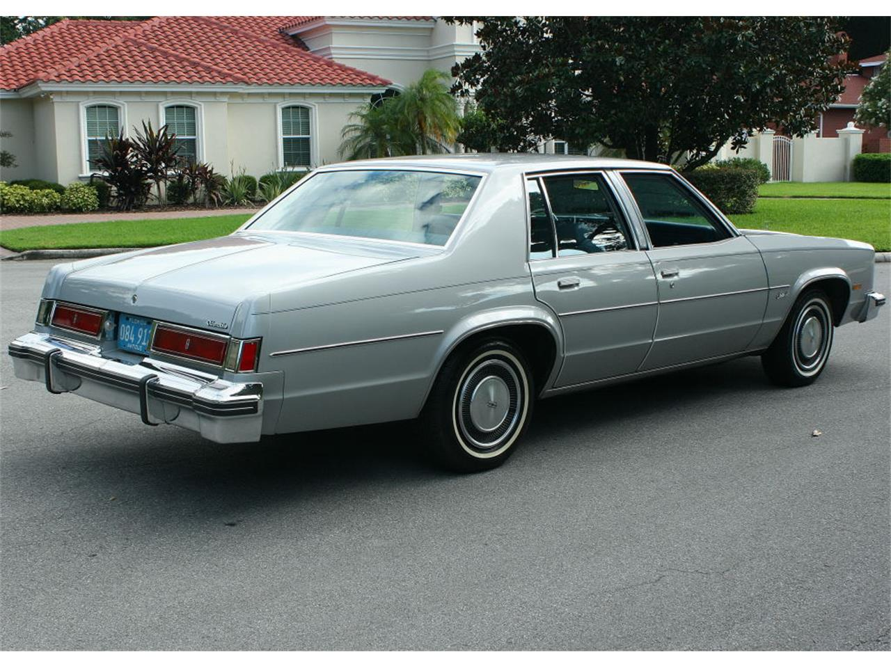 Large Picture of 1977 Oldsmobile Delta 88 located in Florida Offered by MJC Classic Cars - LFEK