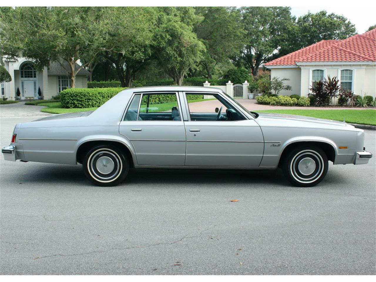 Large Picture of 1977 Oldsmobile Delta 88 located in lakeland Florida - LFEK
