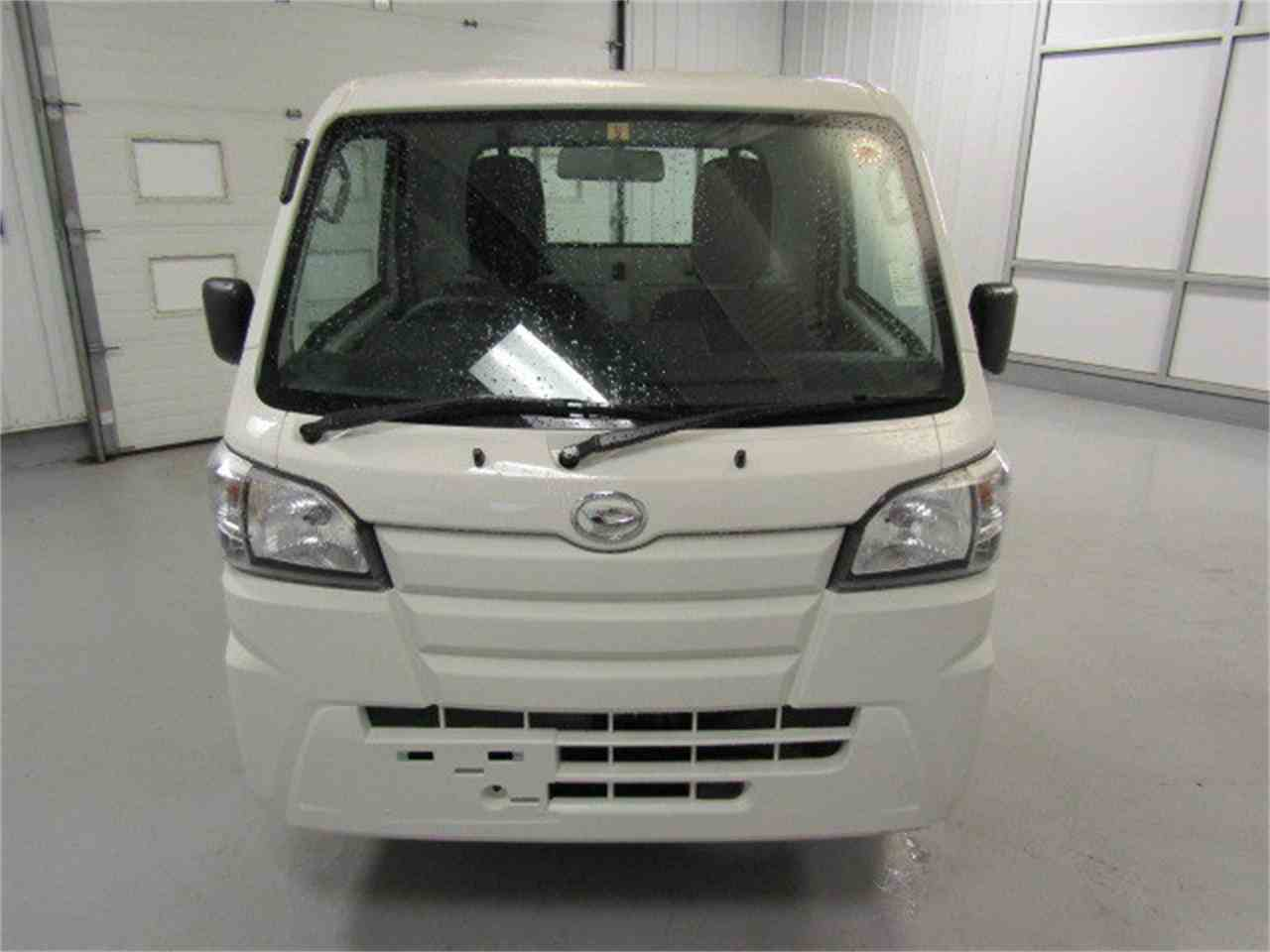 Large Picture of '17 Daihatsu HiJet - $15,900.00 Offered by Duncan Imports & Classic Cars - LFGO