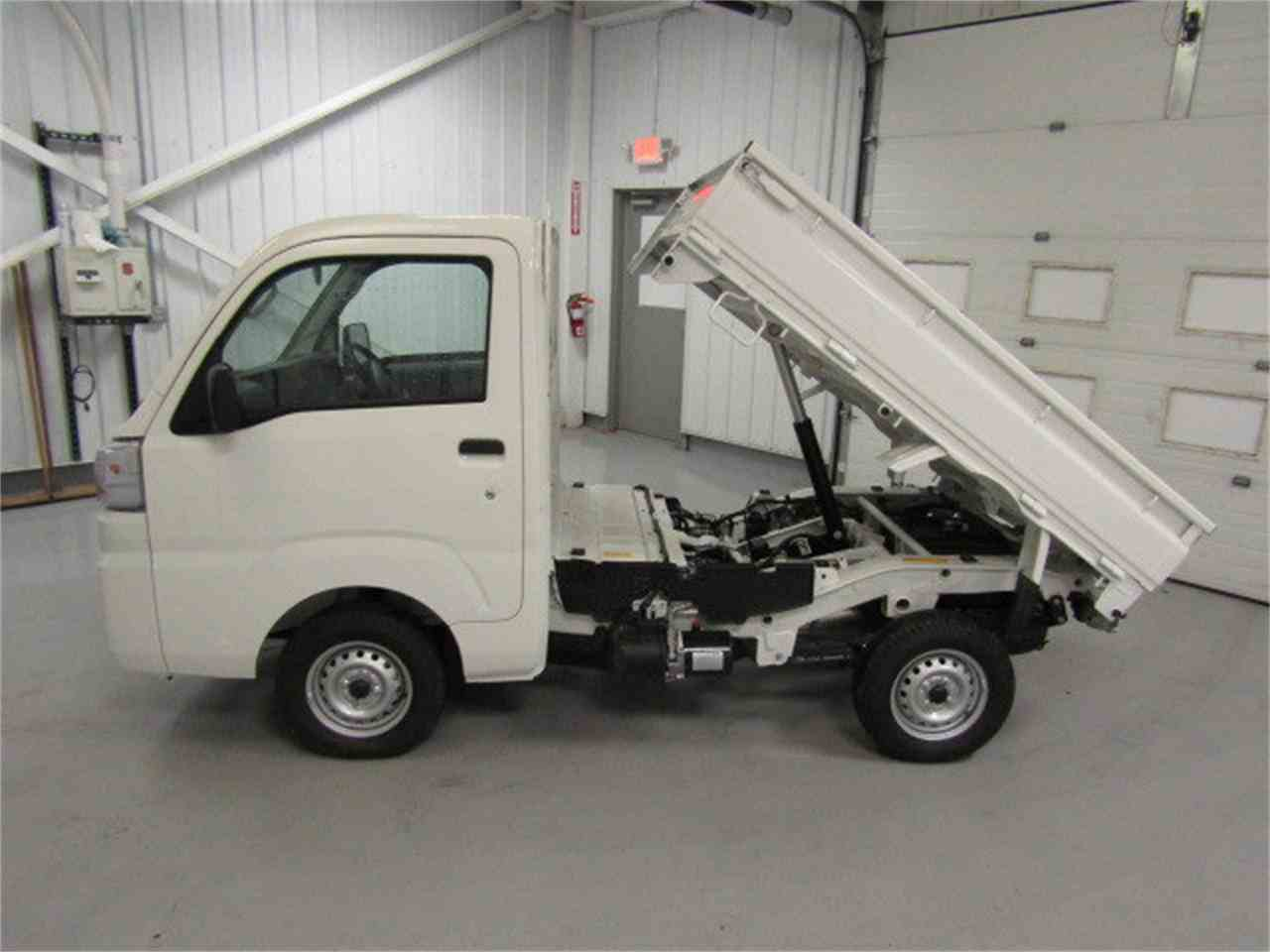 Large Picture of '17 HiJet located in Christiansburg Virginia Offered by Duncan Imports & Classic Cars - LFGO