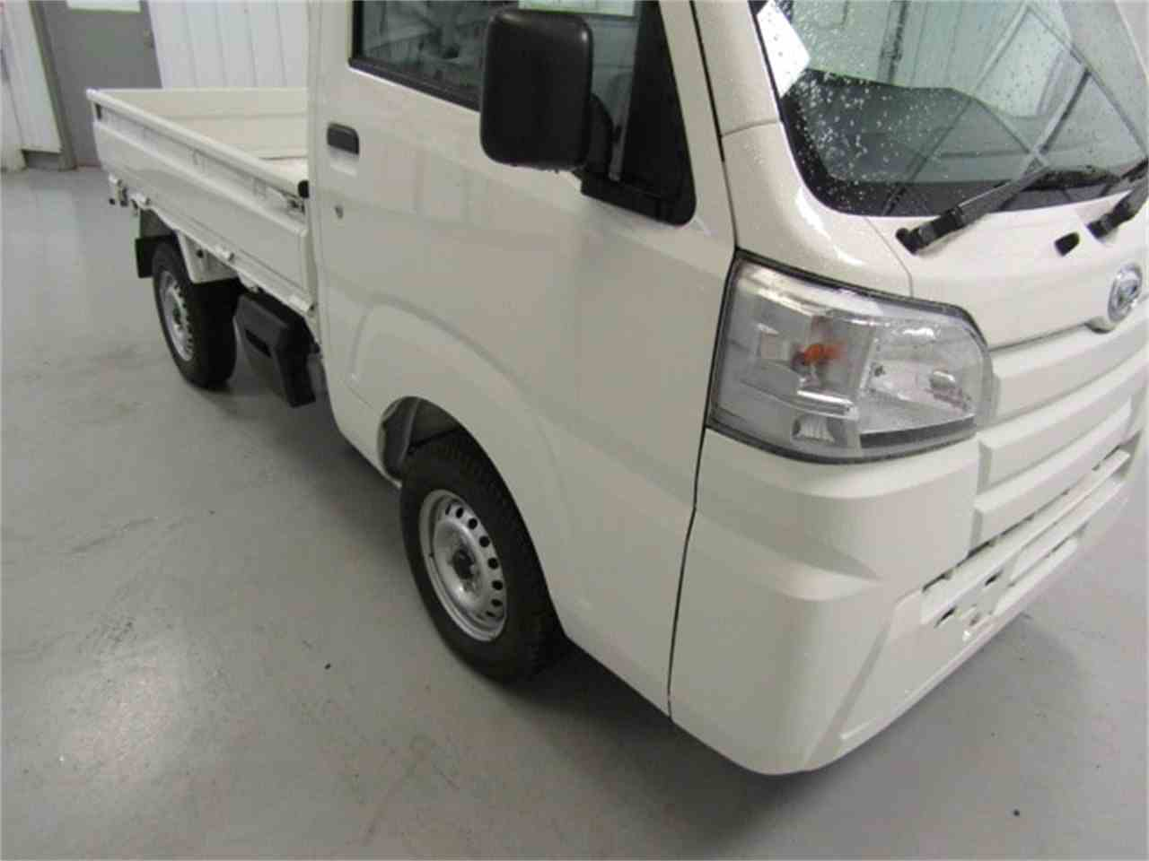 Large Picture of '17 Daihatsu HiJet Offered by Duncan Imports & Classic Cars - LFGO