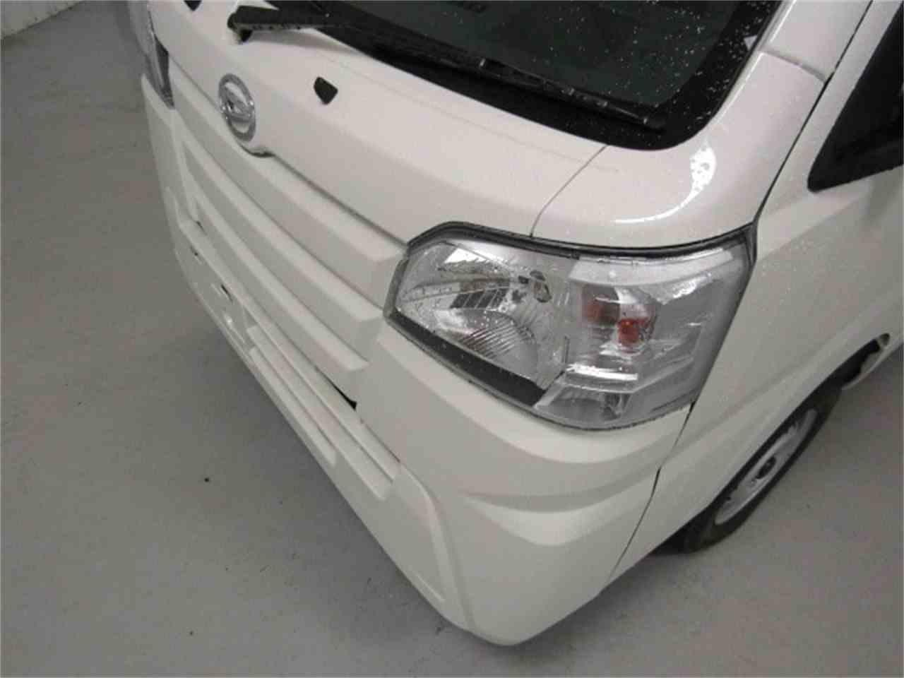 Large Picture of 2017 Daihatsu HiJet - LFGO
