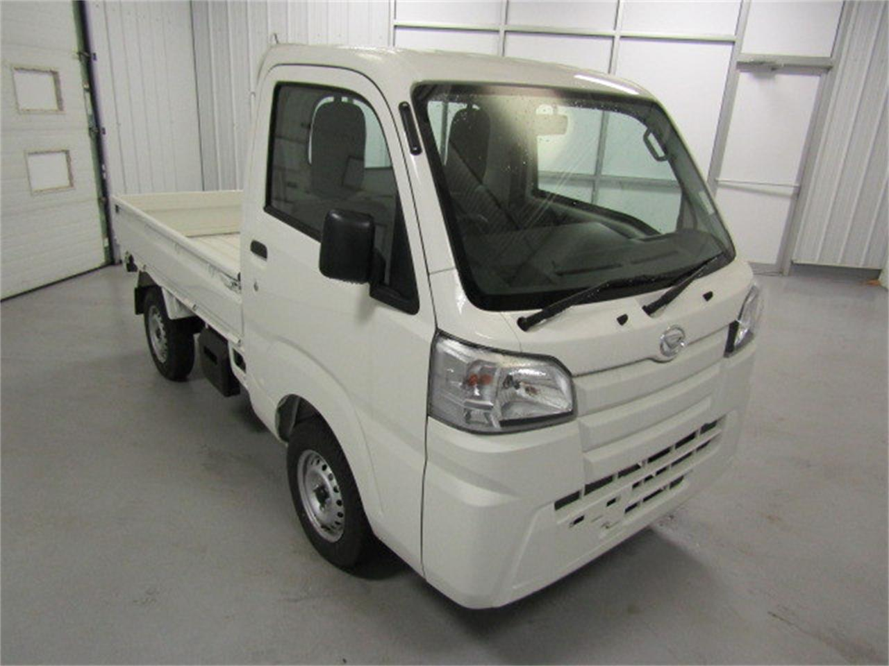 Large Picture of 2017 HiJet - $14,417.00 Offered by Duncan Imports & Classic Cars - LFGT