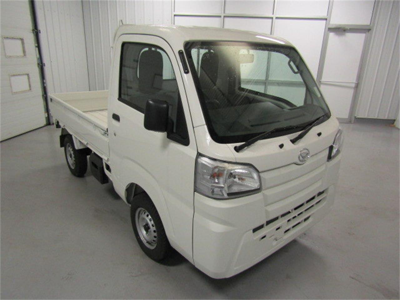 Large Picture of '17 Daihatsu HiJet located in Virginia - LFGT