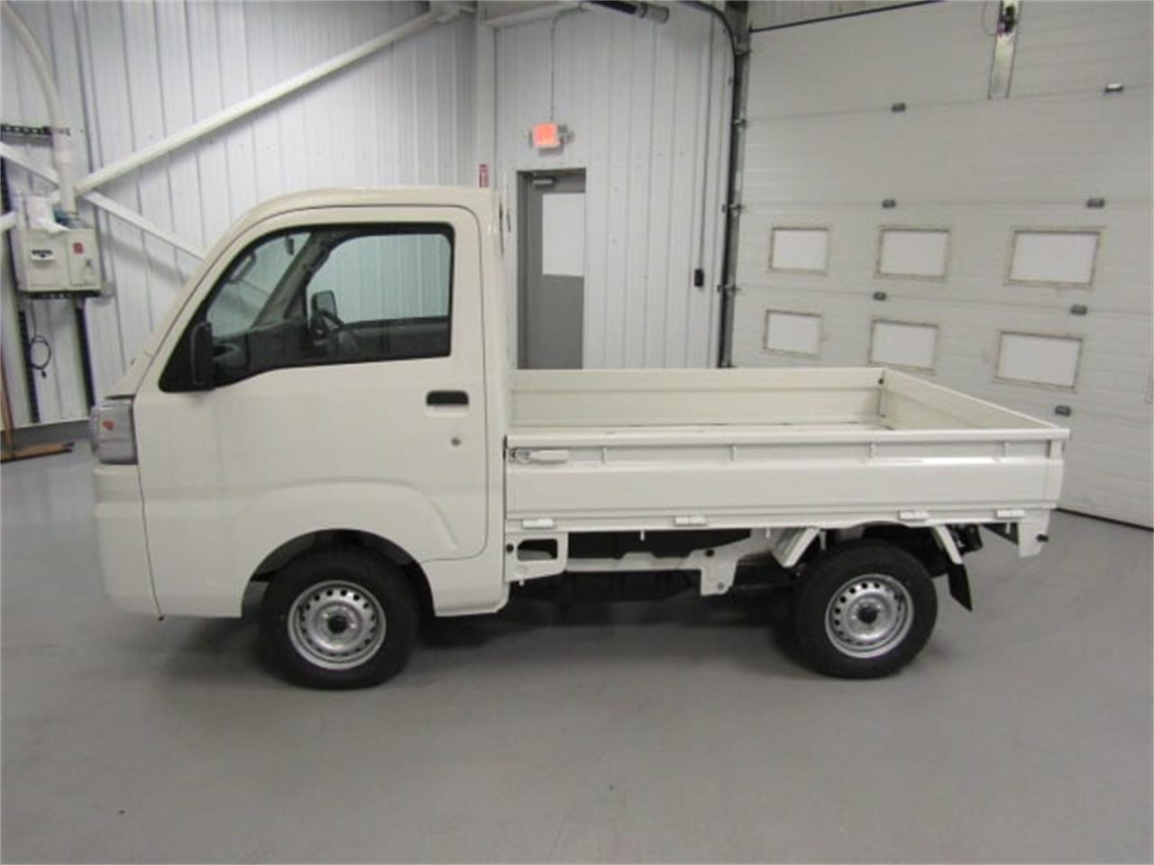Large Picture of 2017 Daihatsu HiJet located in Virginia Offered by Duncan Imports & Classic Cars - LFGT