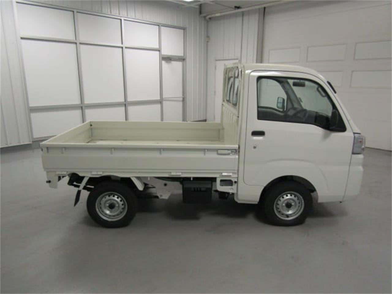 Large Picture of 2017 Daihatsu HiJet Offered by Duncan Imports & Classic Cars - LFGT