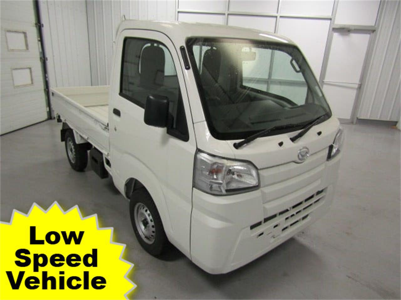 Large Picture of '17 HiJet located in Christiansburg Virginia - $14,417.00 Offered by Duncan Imports & Classic Cars - LFGT