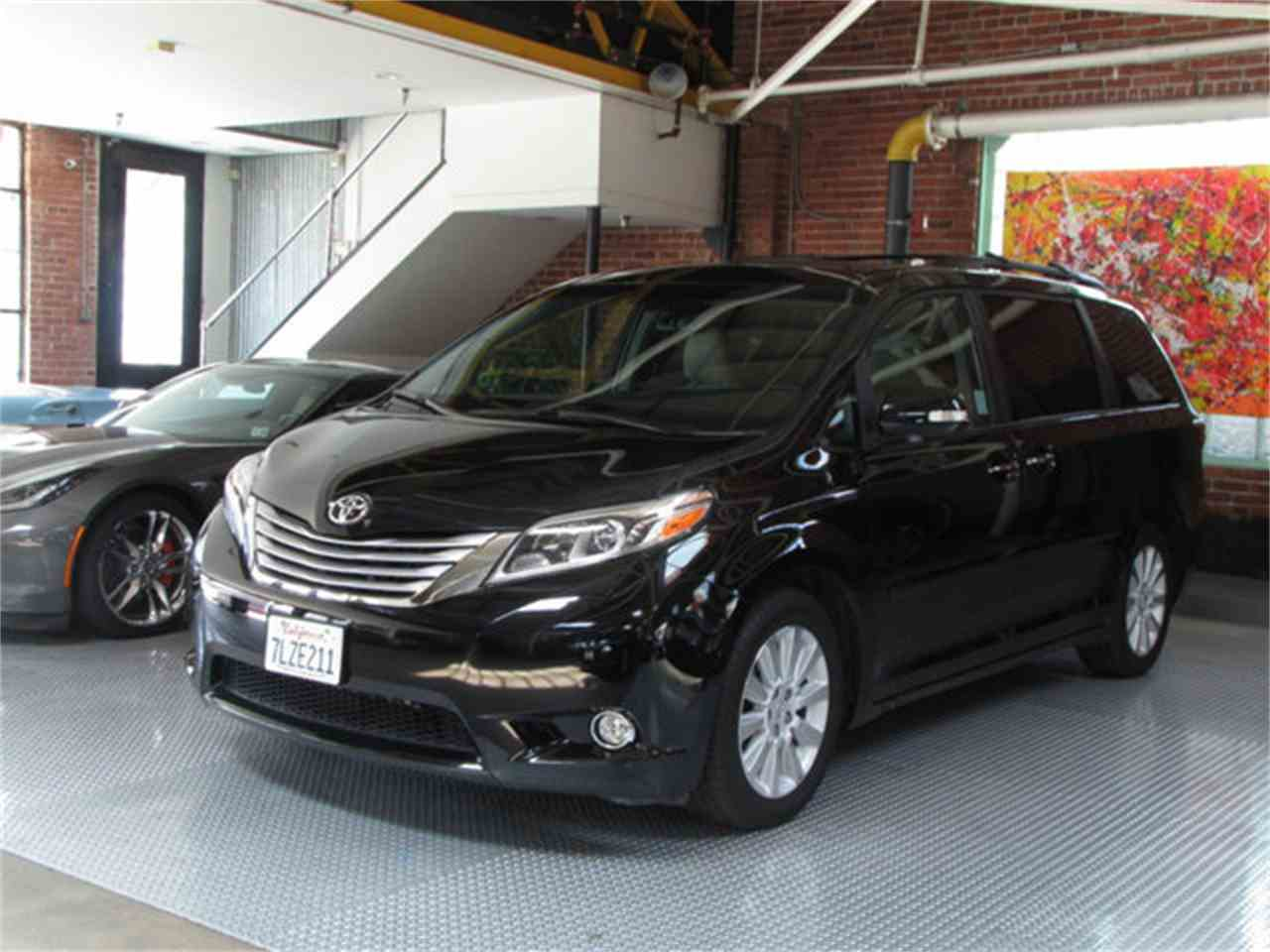 Large Picture of '15 Sienna - LFJQ