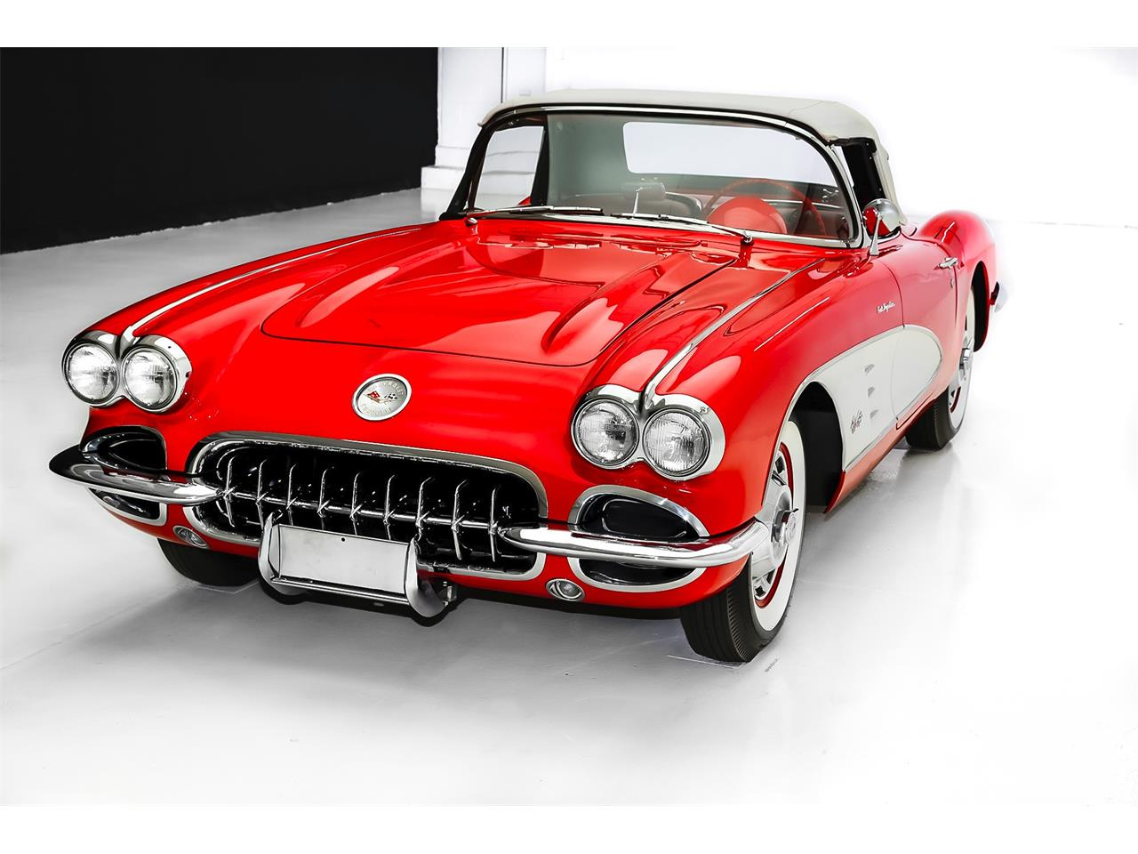 Large Picture of Classic 1959 Chevrolet Corvette located in Des Moines Iowa Offered by American Dream Machines - LFJS